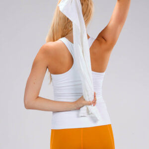shoulder-stretch-with-towel